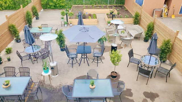TBay Waiving All Municipal Fees for Outdoor Patios