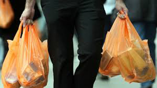 Backlash grows against reusable grocery bags