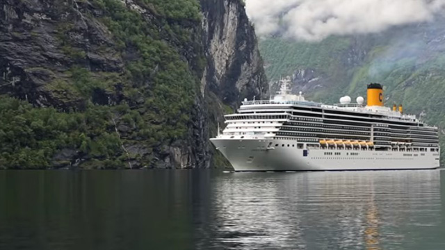 No Sail Order for Cruise Ships