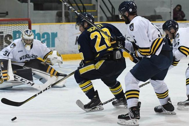 Lakehead: Nic Renyard, in goal  Lake Superior News
